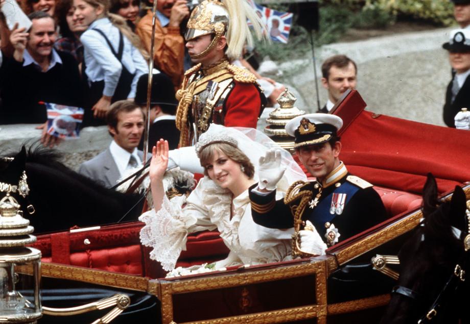 Принц Чарльз и леди Ди: как «свадьба века» превратилась в кошмар?