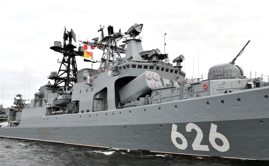 Морская мощь России: в Петербурге и Кронштадте прошел главный парад в честь Дня ВМФ