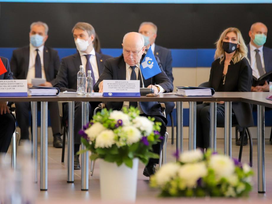 Приложение «Путешествую без COVID-19» потребуется для въезда в Россию из стран ЕАЭС с июля