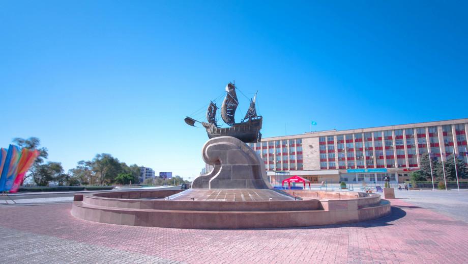 Казахстанский Дубай: чем знаменит Актау – город небоскребов, дворцов и бескрайней пустыни