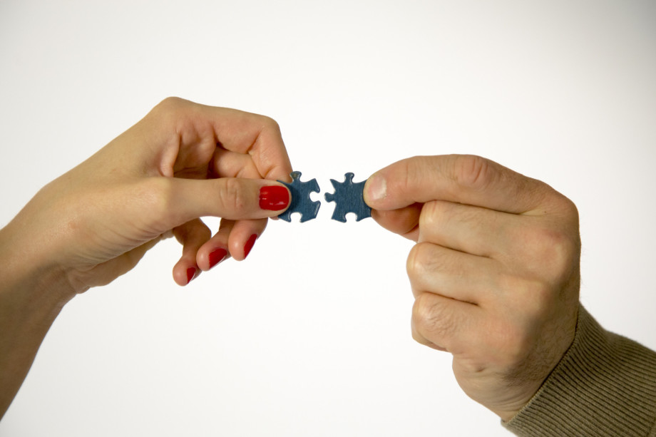 «В приоритете успех»: почему современная молодежь не стремится заводить семью и детей?