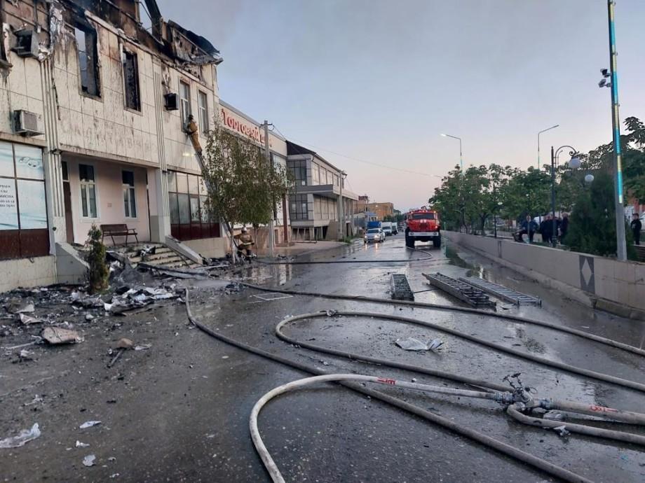 Два человека погибли при пожаре в гостинице в Дагестане