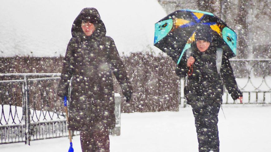 Битва сезонов: в первый день весны на Россию обрушились снегопады