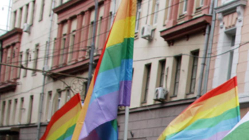 Канцлер Австрии поучаствовал в гей-фестивале в Вене