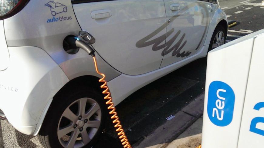 Электромобили вернут излишки энергии обратно в сеть