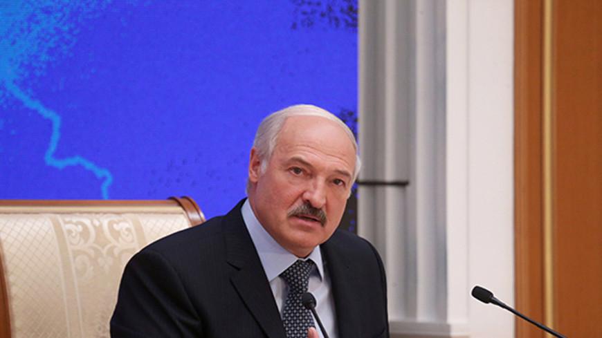 Лукашенко запретил закупать импортные авто для госструктур