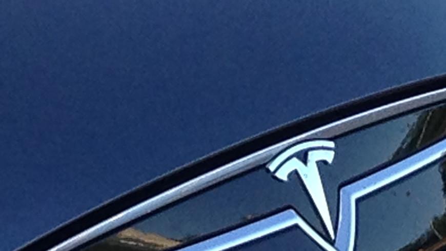 Илон Маск анонсировал производство электрогрузовиков и автобусов
