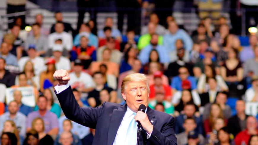 Трамп лидирует через три часа после начала подсчета голосов
