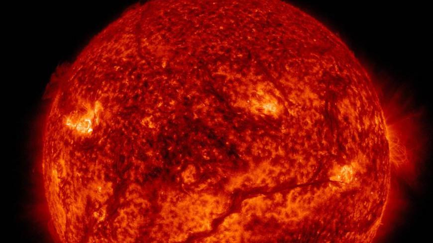Ученые нашли на Солнце времена года