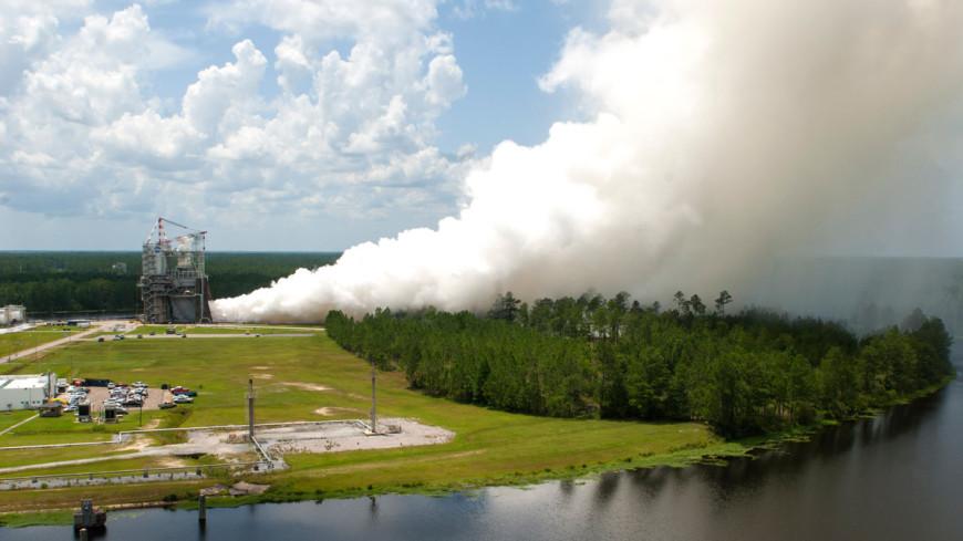NASA испытало ракетный двигатель для полетов на Марс