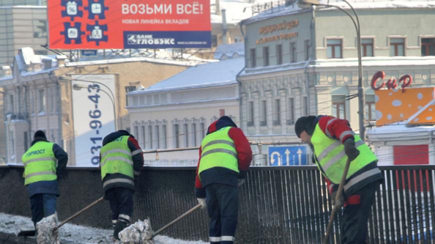 Путин подписал закон об обязательном медстраховании для мигрантов