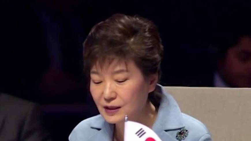Пак Кын Хе открыла в Астане выставку «Люди»