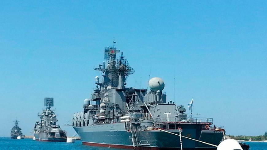 Черноморский флот РФ опроверг участие в захвате аэродрома в Крыму