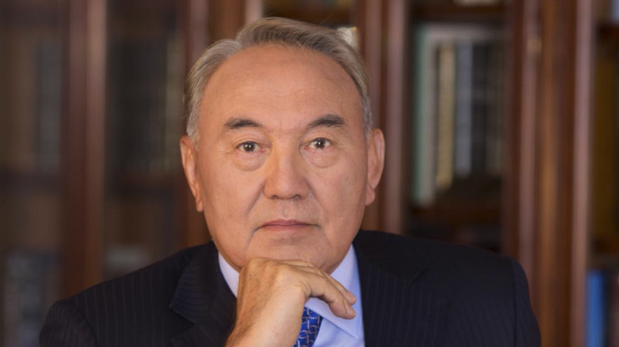 Назарбаев: Ситуация на Украине должна разрешиться без вмешательства извне