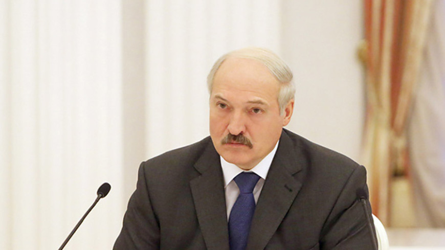 Лукашенко: Беларусь никогда не шарахалась между Западом и Востоком