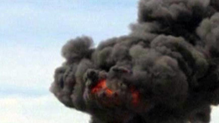 Истребитель американских ВВС упал на жилые дома в Калифорнии