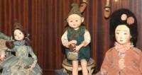 Врач решил подзаработать на производстве кукол для взрослых