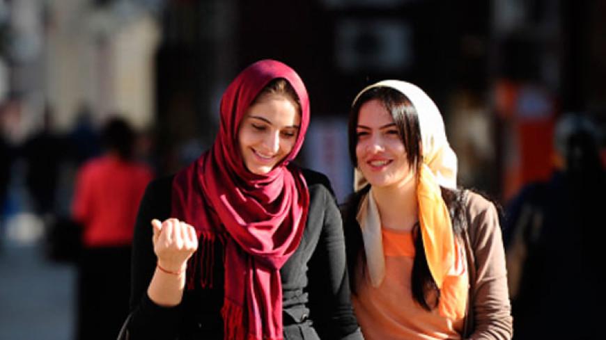 В чеченских школах разрешили носить религиозную одежду
