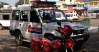 Индийская полиция эвакуирует последователей «шикарного гуру»