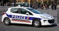 Автомобиль врезался в остановку в Марселе: есть жертвы
