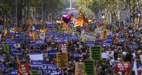 «Мы не боимся»: по Барселоне прошагал антитеррористический марш