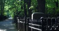 В Иркутской области могильщик после пьянки умер в вырытой им могиле