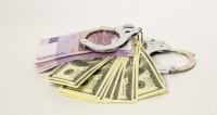 Двух топ-менеджеров «Реновы» обвинили в даче взяток на миллиард рублей