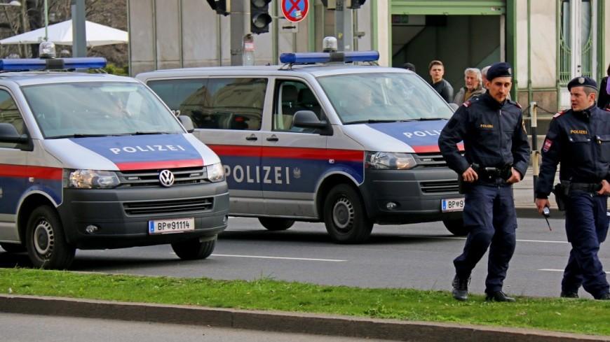 Два человека погибли напивном фестивале вАвстрии из-за бури