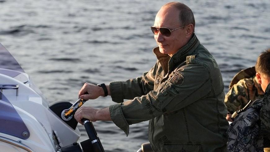 Путин позагорал и поплавал в Кировской области