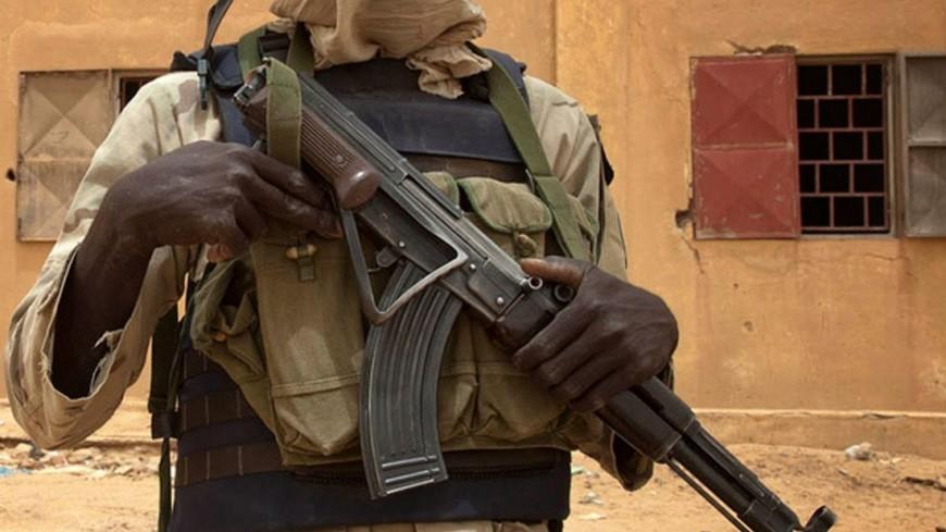 AFP: 17 человек погибли при нападении наресторан вБуркина-Фасо