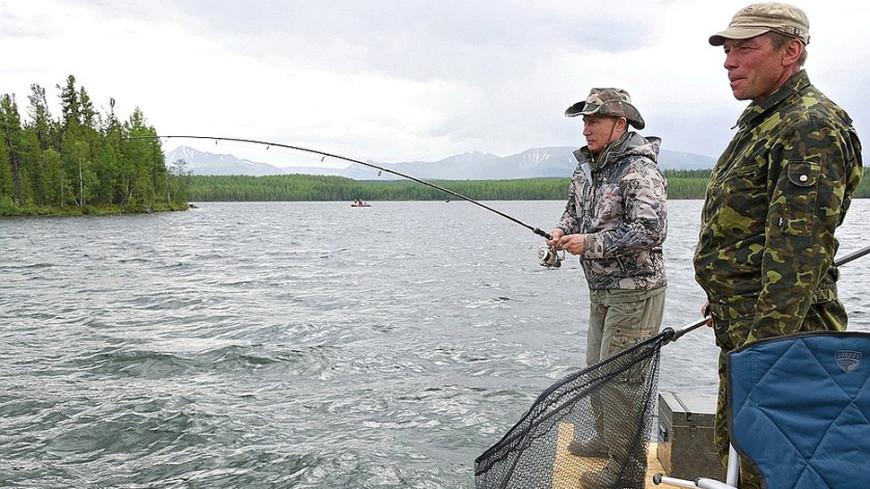 Интереснее, чем раньше: Песков рассказал о рыбалке Путина в Сибири