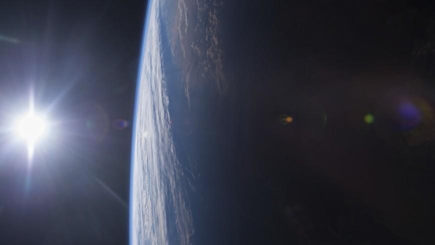 Самый небольшой космический зонд сказал знак наЗемлю