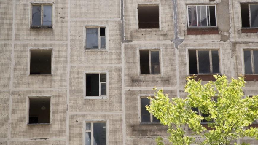 Миллионный житель россии переехал изаварийного дома в новейшую квартиру