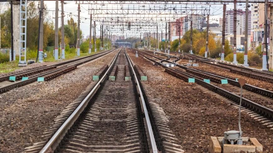 Поезд насмерть сбил подростка уКазанского вокзала
