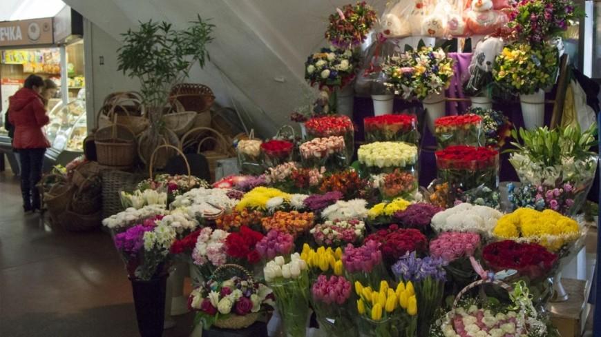 В Зеленограде утащили «бегущую строку» из цветочного магазина