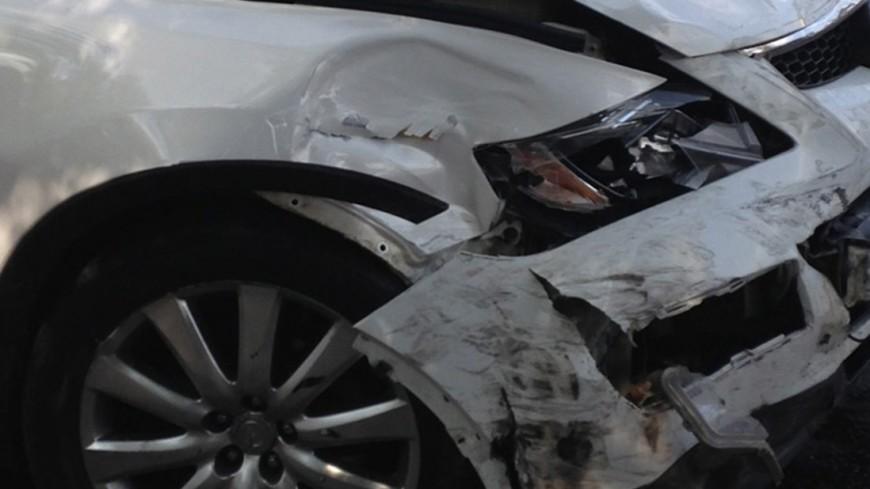 ВОдессе вседорожный автомобиль влетел вавтобус— 12 человек пострадали, один умер