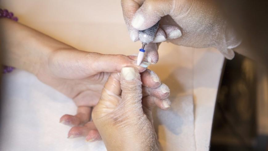 Мастер маникюра выявила уклиентки рак кожи поногтям