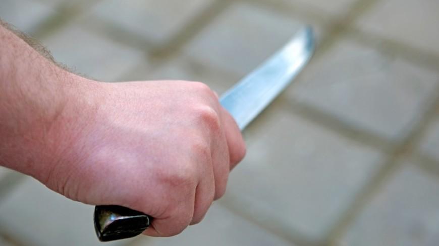На северо-востоке Москвы муж напал с ножом на супругу