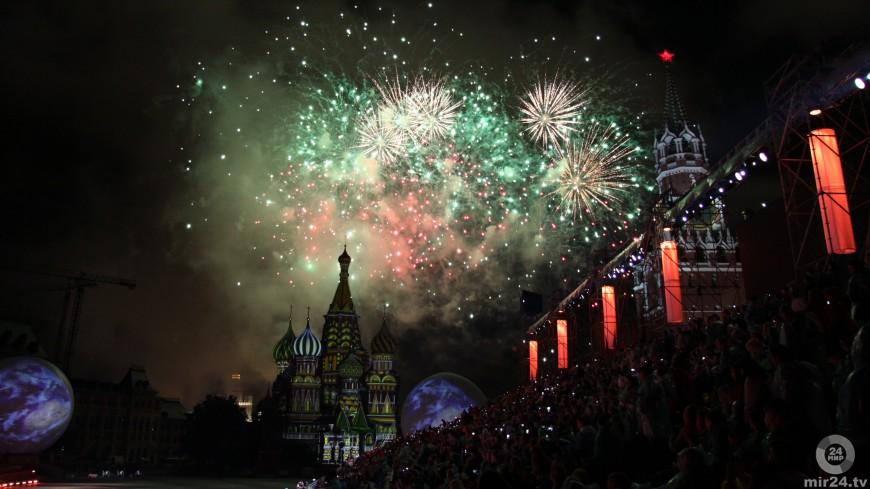 Мирей Матье в сердце Москвы: фоторепортаж с юбилейного фестиваля «Спасская башня»