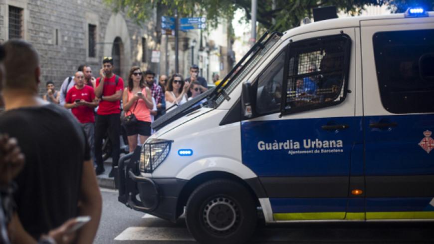 Полиция ищет барселонского террориста