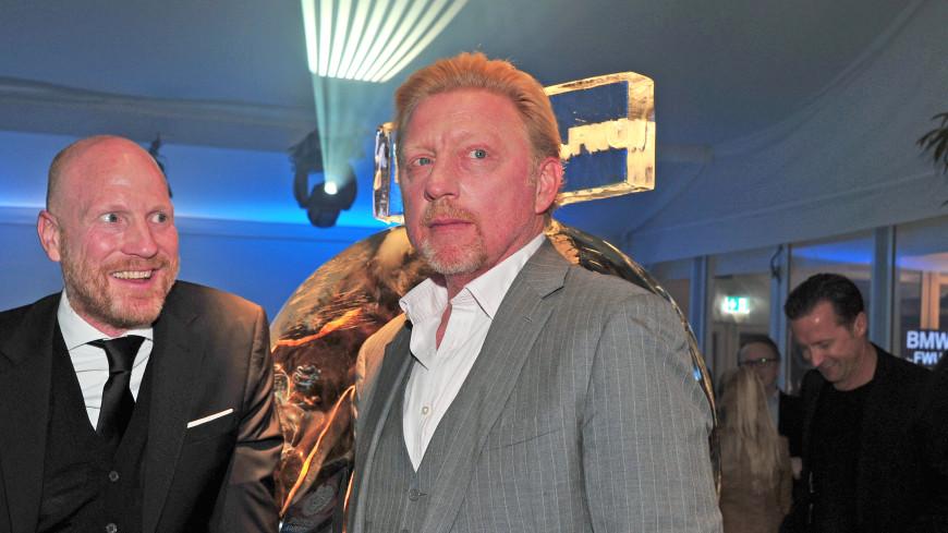 Беккер вынужден реализовать свои трофеи сУимблдона для оплаты долгов