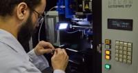 Ученые создали искусственную руку, способную перемещать молекулы