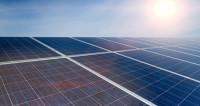 Дорогу из солнечных батарей построили китайцы