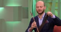 Научиться пиликать на пиле: человек-оркестр дал мастер-класс