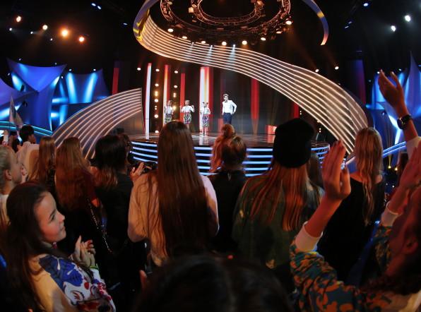 Шоу «Во весь голос»: юные певцы исполнили суперхиты Содружества