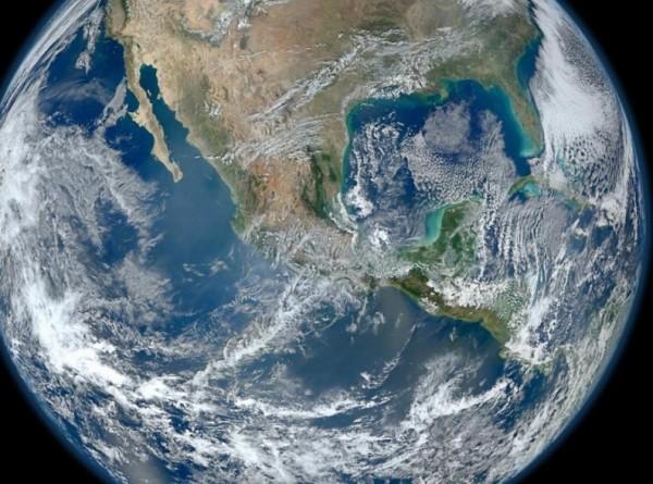 «Выдернуть пробку»: что, если весь мировой океан утечет в дыру?