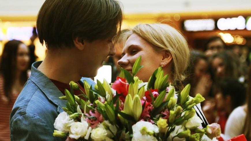 Животные, вазы и даже снег: что получают москвичи в подарок