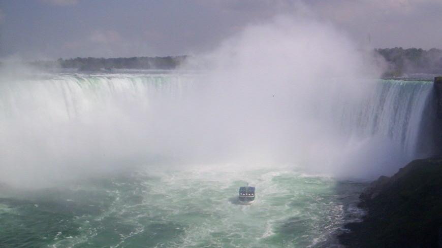 Американская сказка: Ниагарский водопад «замерз»