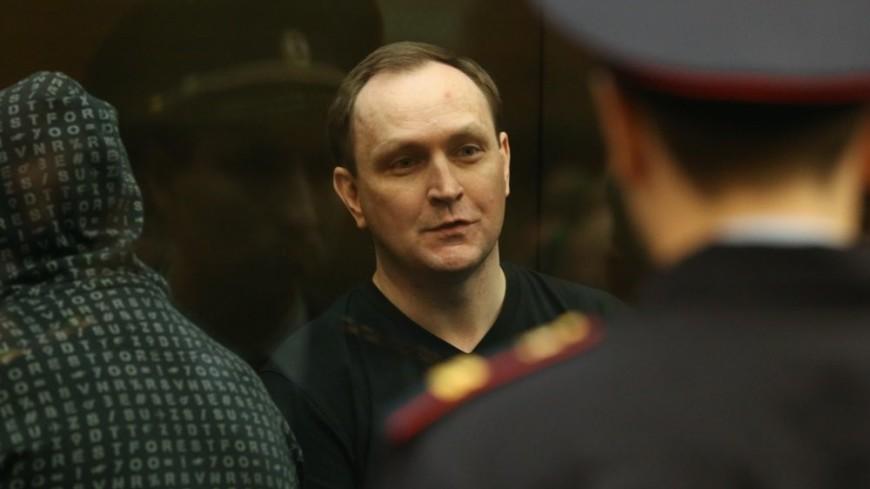 Экс-генерал Сугробов проведет в колонии 12 лет вместо 22