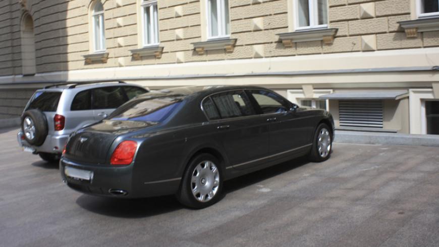 У работника петербургского завода угнали Bentley в день покупки